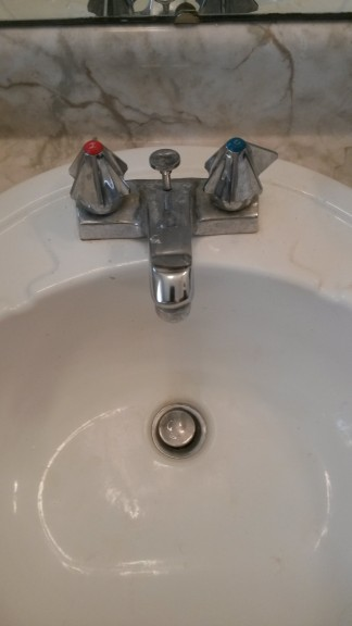 old_faucets_28329